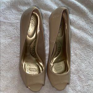 Women's Dexflex high heel shoes